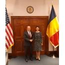 Atragerea investițiilor americane, securitatea energetică și aderarea României la OCDE, temele principale abordate în întrevederea Anei Birchall cu Wilbur Ross, secretarul comerţului al SUA