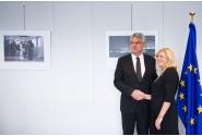 Întrevederea premierului Mihai Tudose cu Corina Crețu, comisarul european pentru politică regională