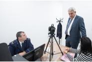 Visite du Premier ministre  Mihai Tudose au nouveau siège du Service des passeports situé Plaza Roumanie