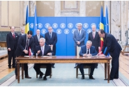 Prime Minister Mihai Tudose attended the signing of the Memorandum of Understanding between S.C. Aerostar S.A., and US company Raytheon