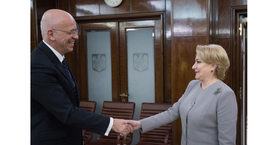 Prime Minister Viorica Dăncilă receives the Ambassador of the Federal Republic of Germany to(...)
