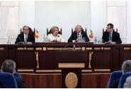 Participare la ceremonia de inaugurare a Asociaţiei Investitorilor Români din Republica Moldova, împreună cu premierul Republicii Moldova, Pavel Filip