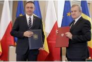 Ceremonia de semnare a Acordului bilateral privind regimul juridic al mormintelor militare române aflate pe teritoriul Poloniei și al mormintelor militare polone aflate pe teritoriul României