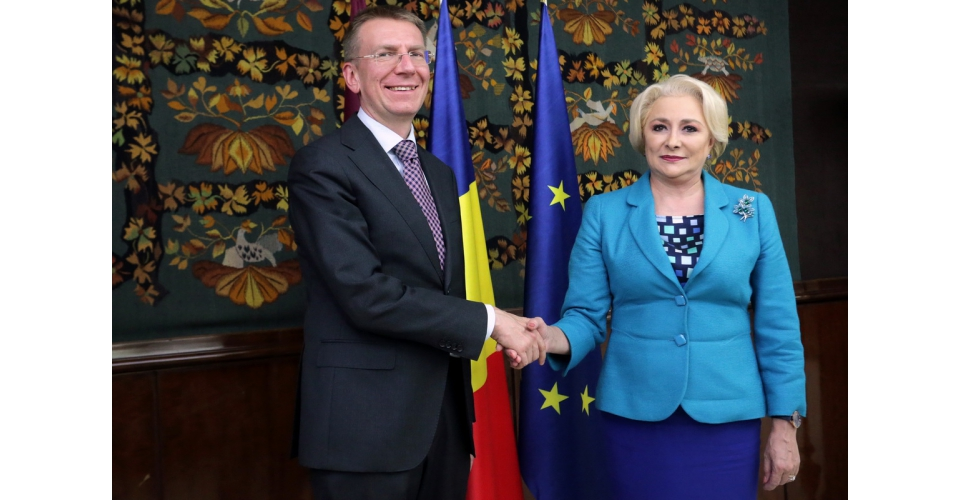 Prime Minister Viorica Dancila meets with the Minister of Foreign Affairs of the Republic of Latvia(...)