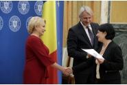 Participarea premierului Viorica Dăncilă la ceremonia de semnare a unor acorduri de finanțare acordate în baza schemei de ajutor de stat 807/2014 pentru stimularea investițiilor cu impact major in economie