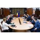 Premierul Sorin Grindeanu s-a întâlnit  cu o delegație a consorțiului format din ExxonMobil şi OMV Petrom