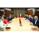 Prime Minister Viorica Dăncilă meets with the UK Defence Secretary Gavin Williamson