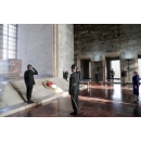 Prime Minister Dancila lays a wreath at the Mausoleum of Mustafa Kemal Atatürk, the founder and(...)