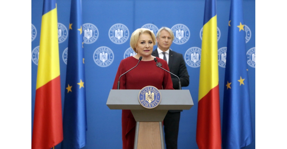 Prime Minister Viorica Dăncilă attends the signing ceremony of some financing agreements granted(...)