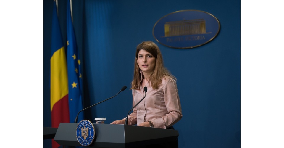 Briefing de presă susţinut de purtătorul de cuvânt al guvernului, Alina Petrescu, la finalul(...)