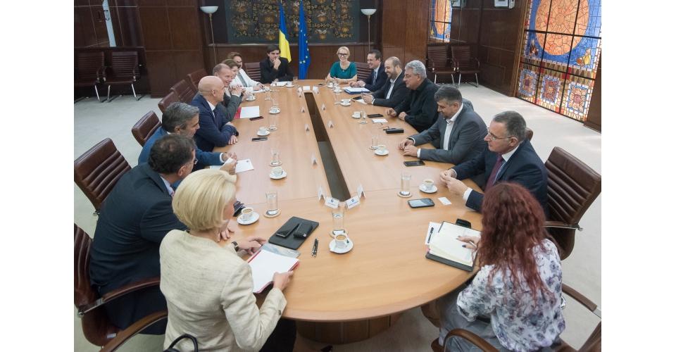 PM Mihai Tudose meets with representatives of the Coalition for Romania's development