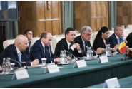 Întrevedere în plenul delegațiilor