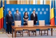 """Ceremonia de semnare a contractelor de finanțare pentru proiectele """"Sistem informatic de management al şcolarităţii – SIMS"""" și """"Platformă digitală cu resurse educaţionale deschise - Biblioteca virtuală"""""""