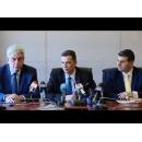 Le Premier ministre Sorin Grindeanu a participé à la prise de fonction du nouveau ministre de l`Economie, M. Mihai Tudose