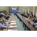 Premierul Viorica Dăncilă, discuții cu primarii municipiilor reședință  de județ pe tema absorbției fondurilor(...)