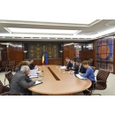 Prime Minister Sorin Grindeanu has met with the Public Finance Minister Viorel Stefan, with the representatives of the(...)