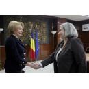 Accueil de l'ambassadeur de l`Etat d'Israël, S E. Mme Tamar Samash par le Premier ministre Viorica Dăncilă, au(...)