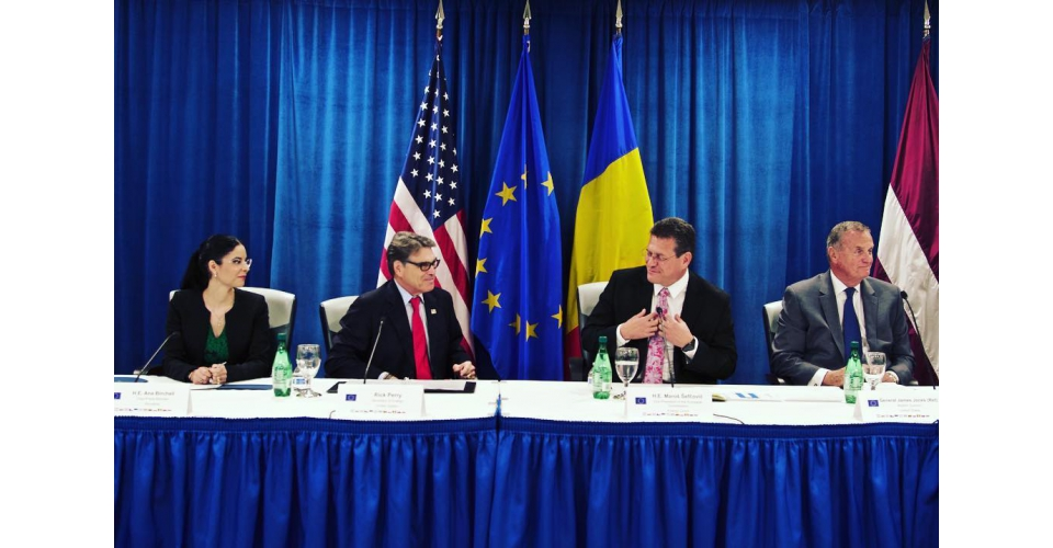 On Monday, June 25, 2018, the Vice Prime Minister for Romania s Strategic  Partnerships  Implementation Ana Birchall had high –level meetings with two  ... 41a2a2fc6e