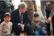 Premierul Dacian Cioloș a vizitat astăzi grădinița din Podu Cristinii, comuna Potlogi, Dâmbovița