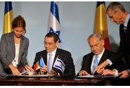 Semnarea Declarației comune de către cei doi premieri